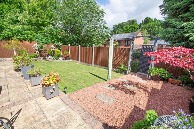 4 bed house for sale in Rockford Close 12