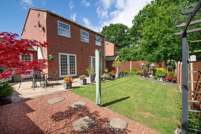 4 bed house for sale in Rockford Close 13