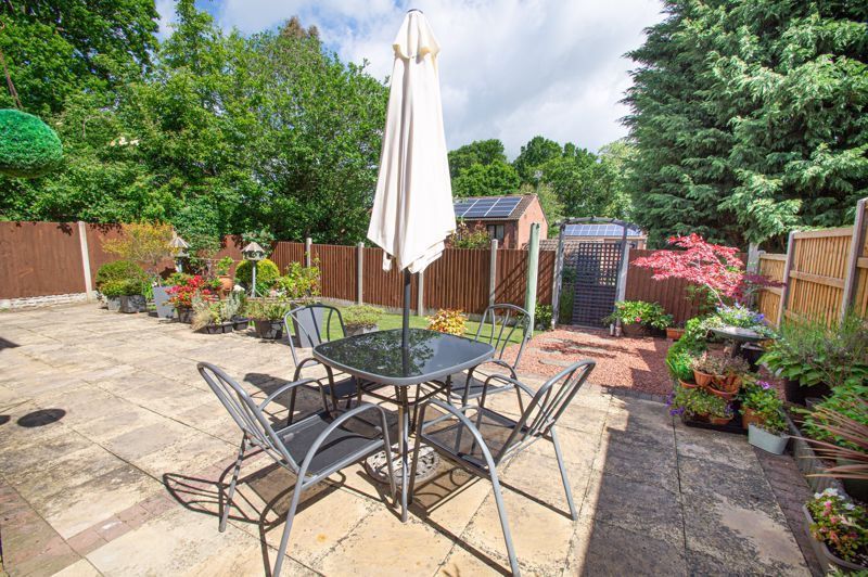 4 bed house for sale in Rockford Close  - Property Image 15