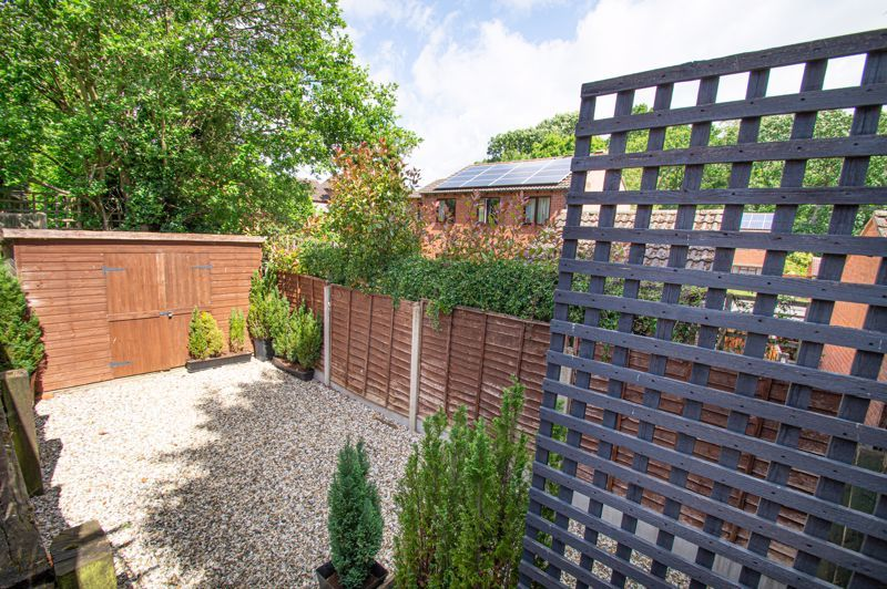 4 bed house for sale in Rockford Close 16