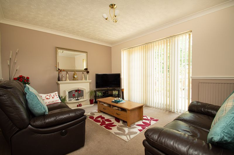 4 bed house for sale in Rockford Close 18