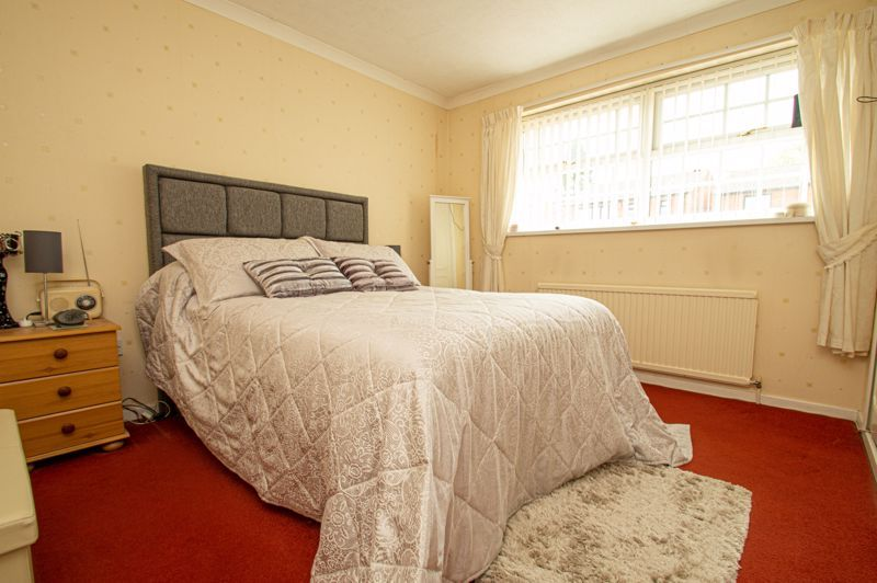 4 bed house for sale in Rockford Close  - Property Image 7