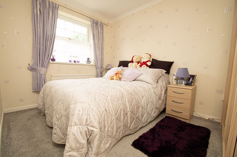 4 bed house for sale in Rockford Close  - Property Image 8