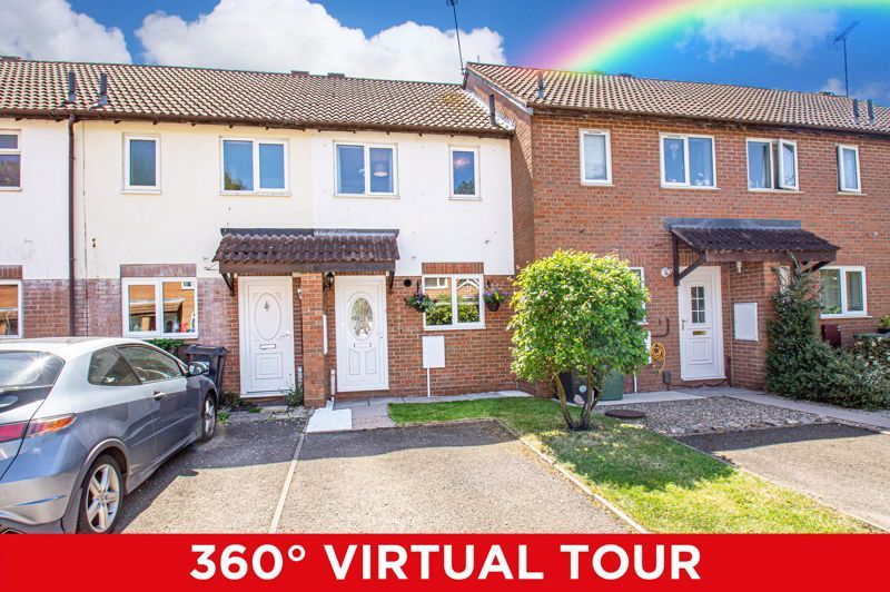 2 bed house for sale in Foxcote Close 1