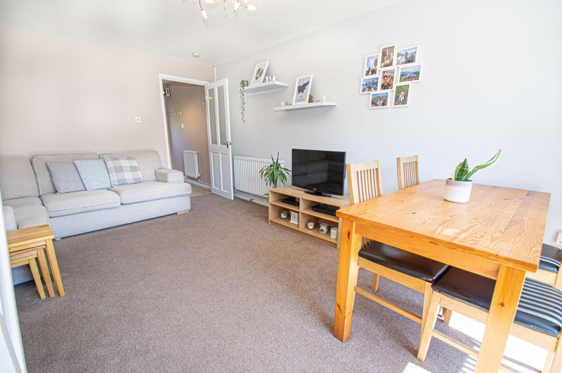 2 bed house for sale in Foxcote Close 4