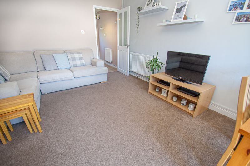 2 bed house for sale in Foxcote Close  - Property Image 5