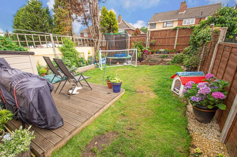 2 bed house for sale in Hollies Road  - Property Image 12