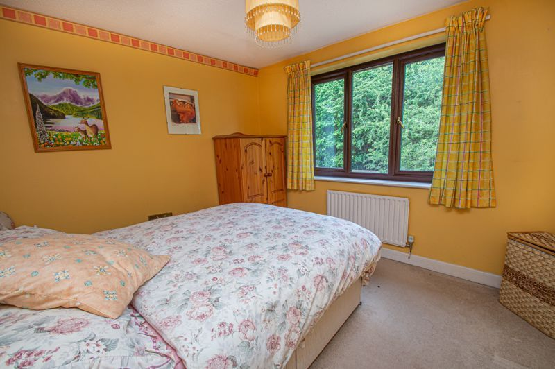 4 bed house for sale in Towbury Close  - Property Image 10
