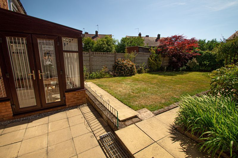 2 bed house for sale in Field Close 14