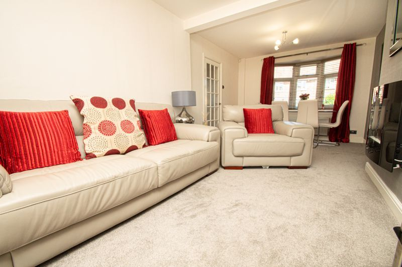 2 bed house for sale in Field Close 3