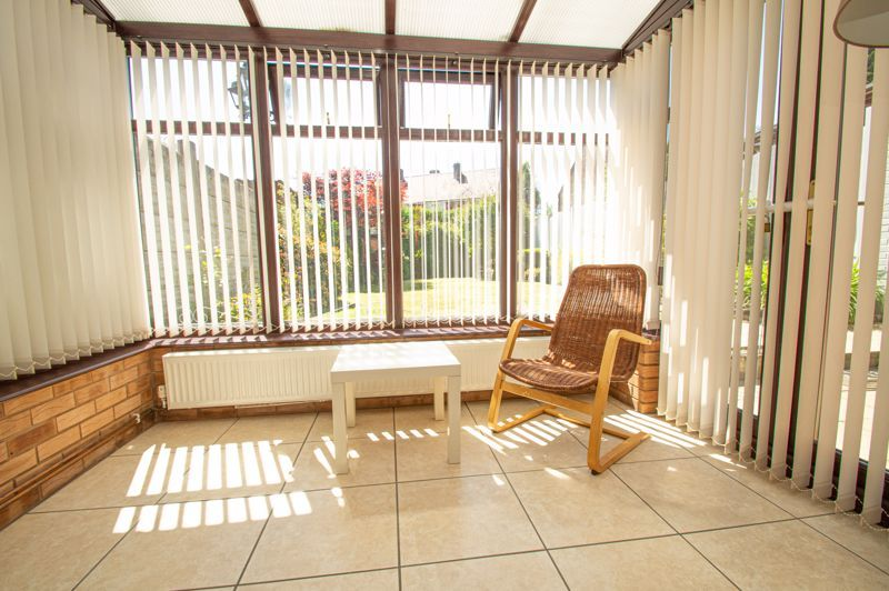 2 bed house for sale in Field Close 5