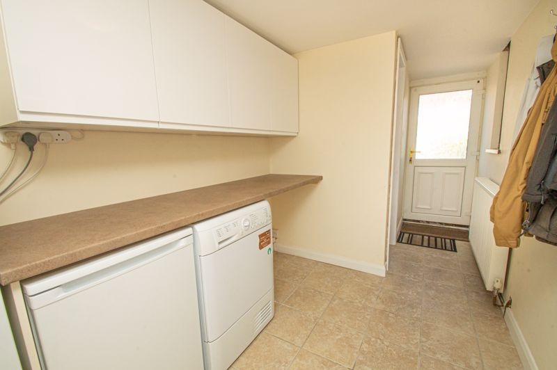 2 bed house for sale in Field Close 8