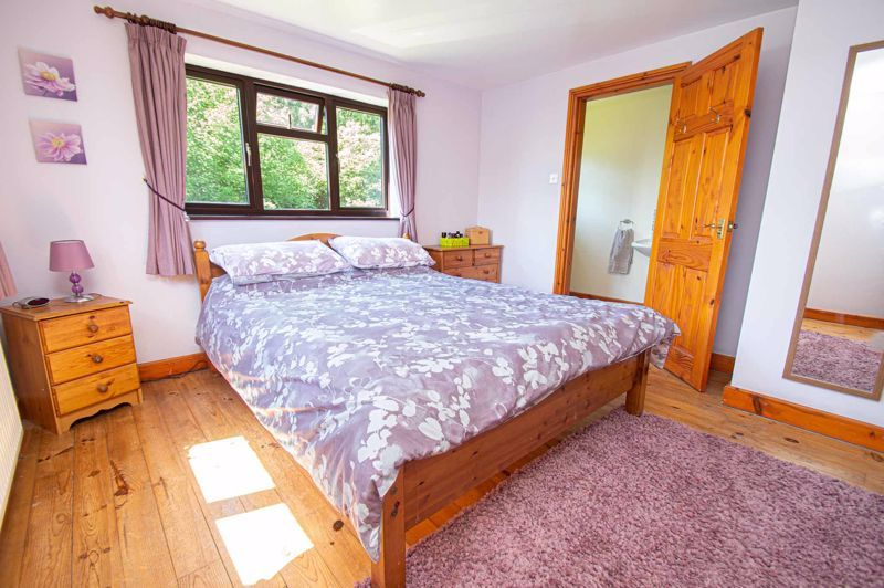 4 bed cottage for sale in Chapel Lane 7
