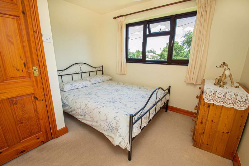 4 bed cottage for sale in Chapel Lane 9