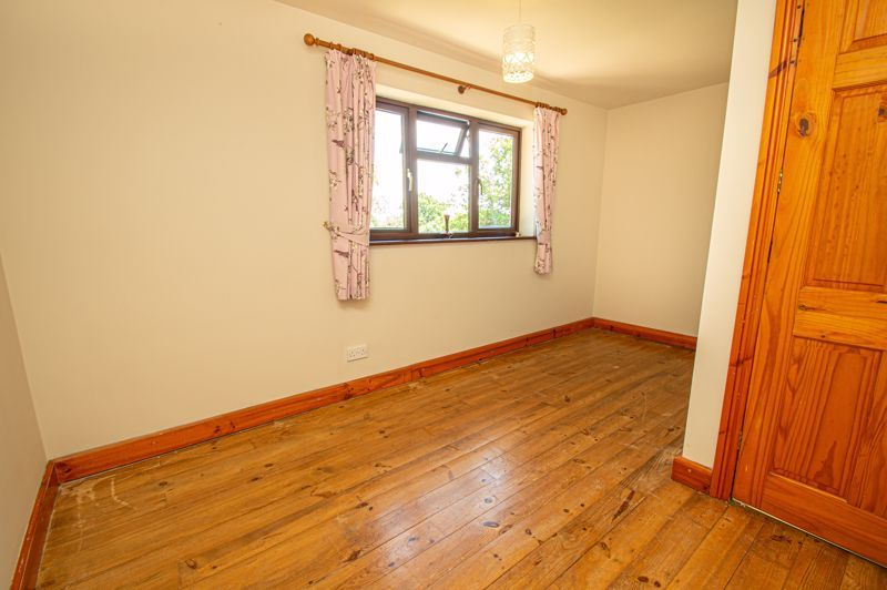 4 bed cottage for sale in Chapel Lane  - Property Image 10