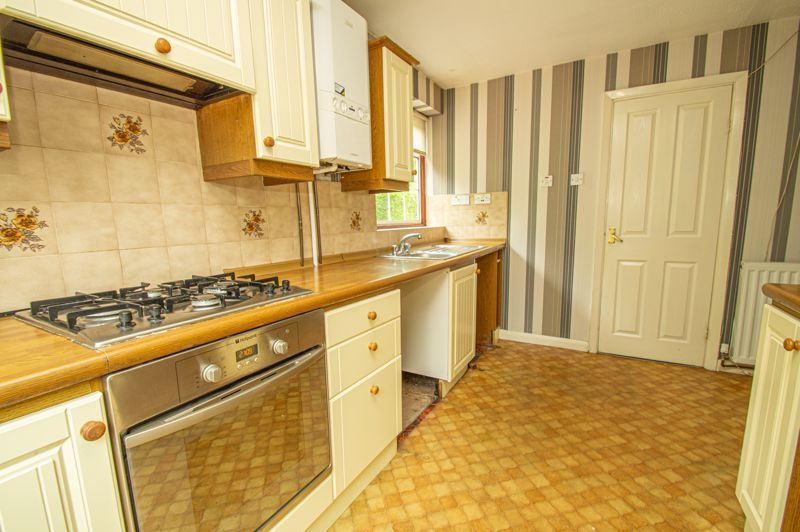 4 bed house for sale in Granby Close 6