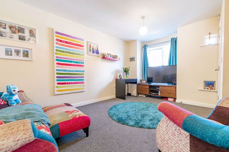2 bed house for sale in Blakeney Drive 3