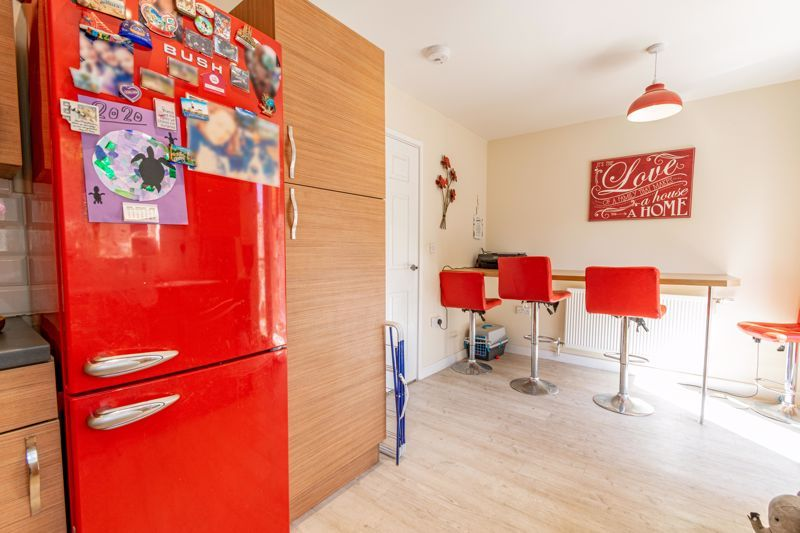 2 bed house for sale in Blakeney Drive 6