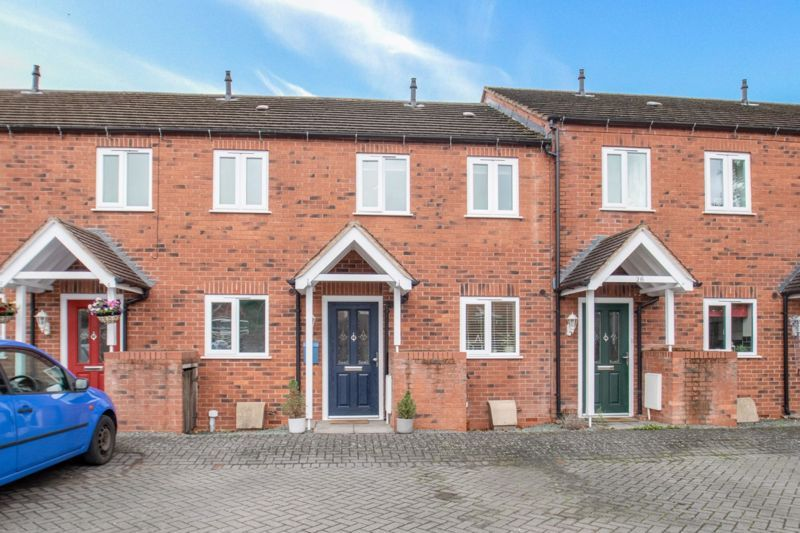 2 bed house for sale in Tidbury Close 1