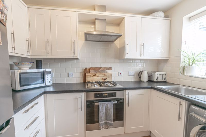 2 bed house for sale in Tidbury Close 2