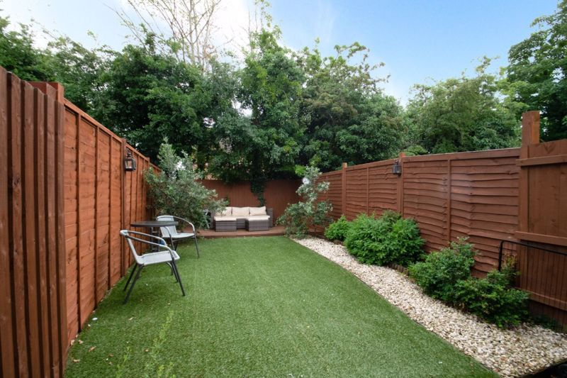 2 bed house for sale in Tidbury Close 11