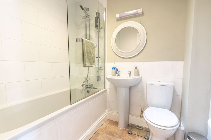 2 bed house for sale in Tidbury Close 10
