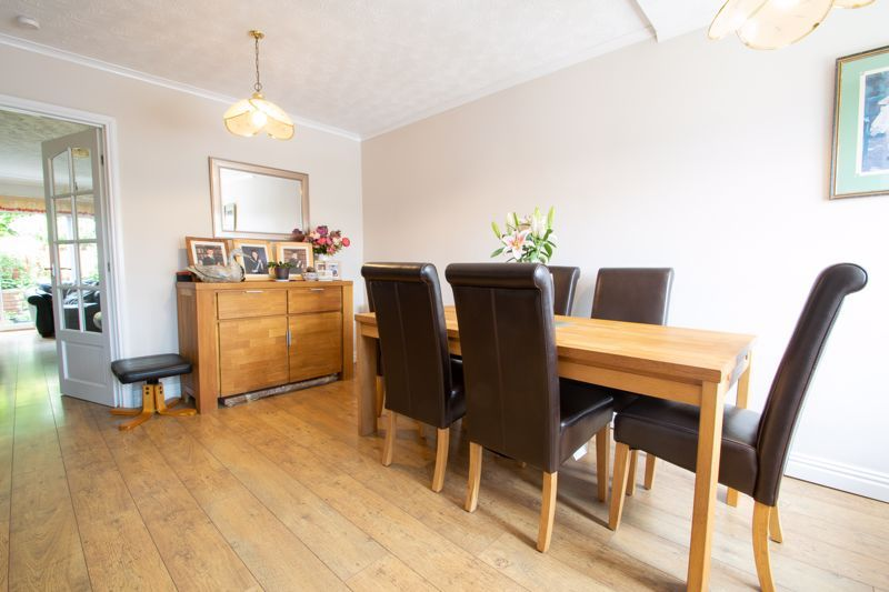 3 bed house for sale in Ombersley Road 5