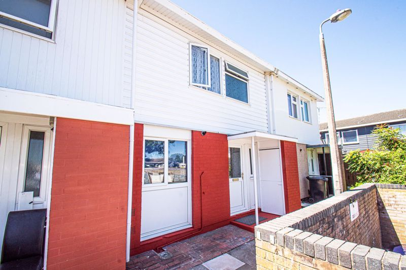 3 bed house for sale in Aldington Close  - Property Image 1