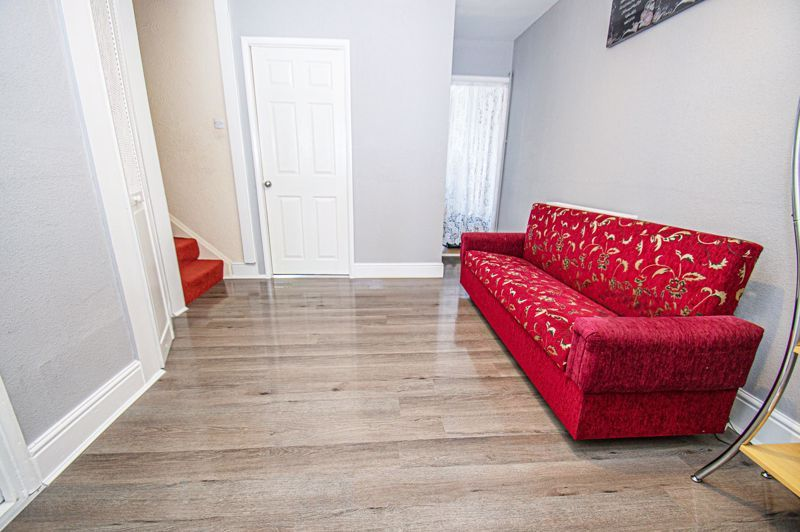3 bed house for sale in Aldington Close 5
