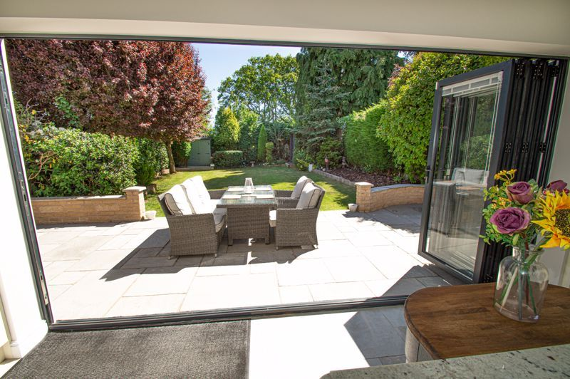 4 bed house for sale in Tennyson Road  - Property Image 18