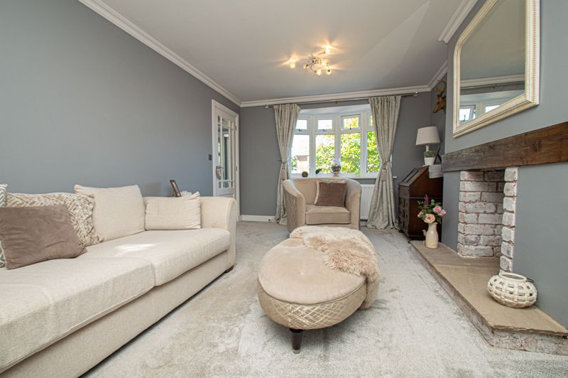 4 bed house for sale in Tennyson Road  - Property Image 5