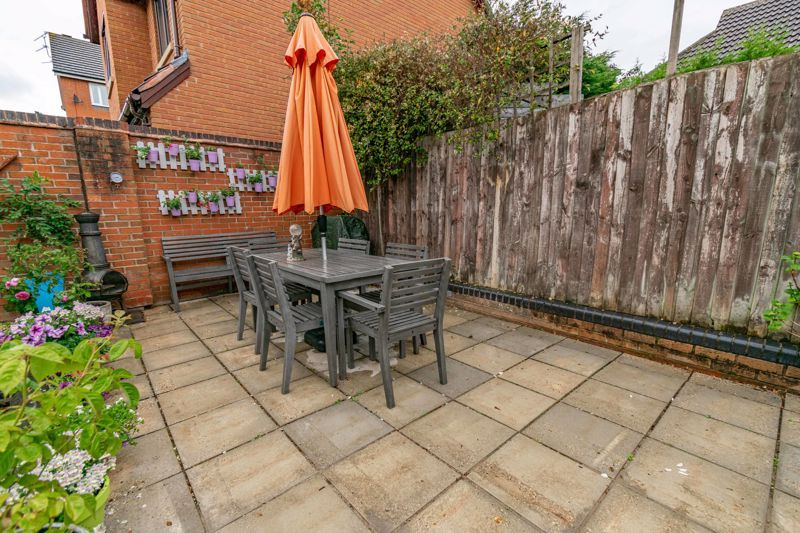 5 bed house for sale in Foxholes Lane 14