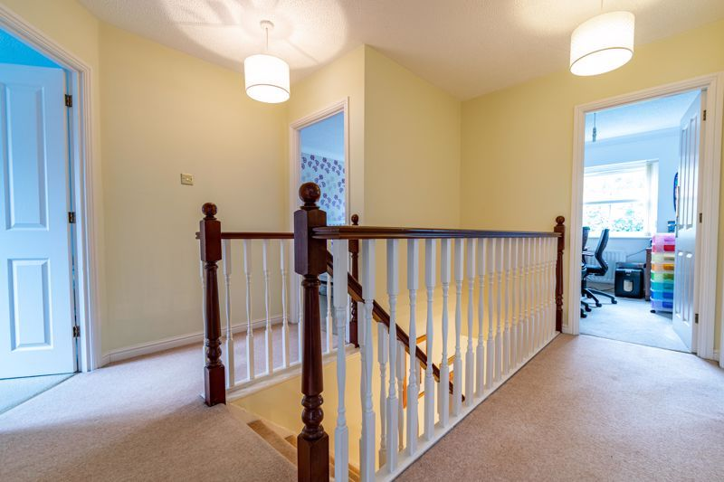 5 bed house for sale in Foxholes Lane 16