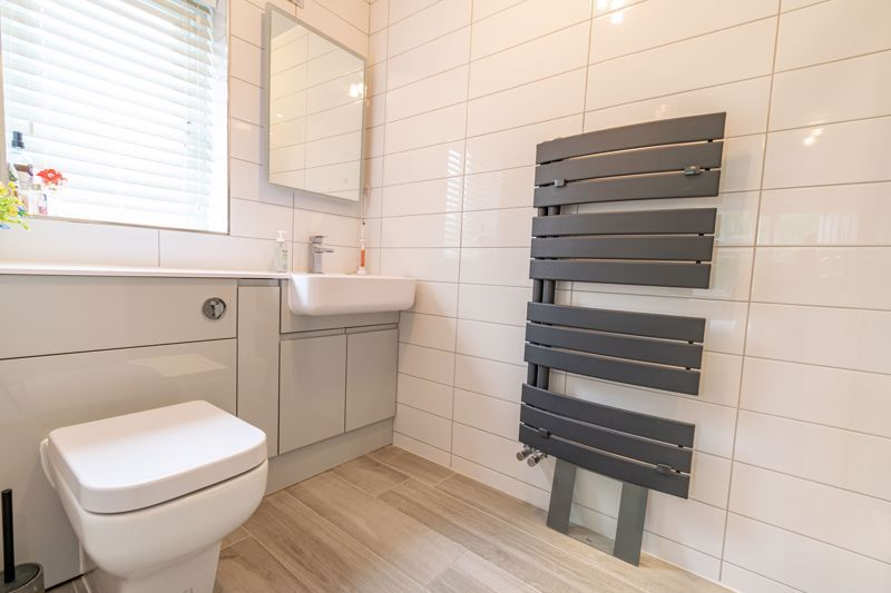 5 bed house for sale in Foxholes Lane 8