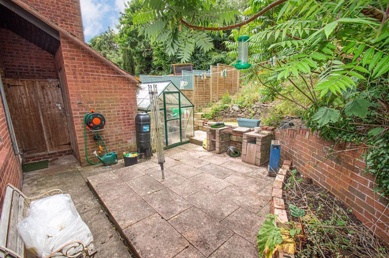 3 bed house for sale in High Trees Close 12