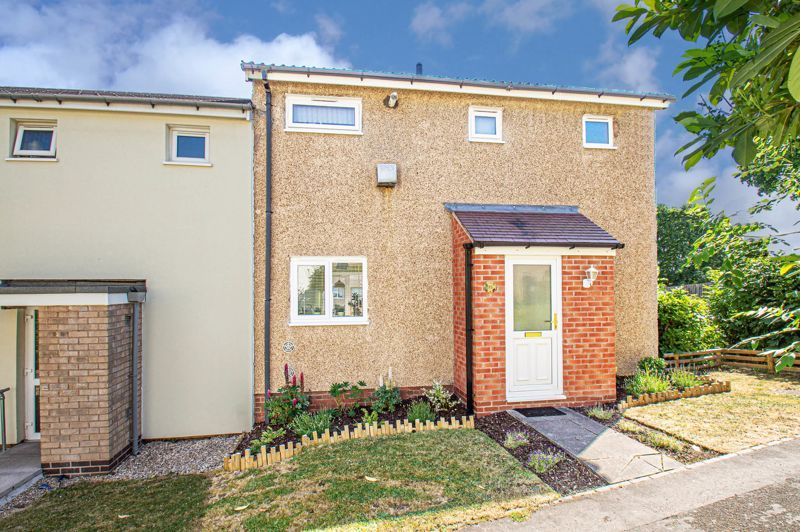 2 bed house for sale in Felton Close 1