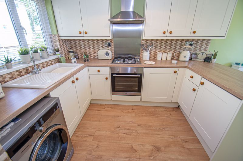 2 bed house for sale in Felton Close 4