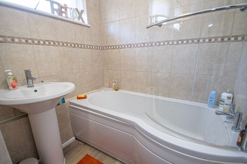 2 bed house for sale in Felton Close 8