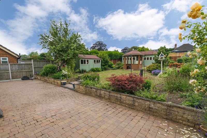 2 bed bungalow for sale in Willow Road 12