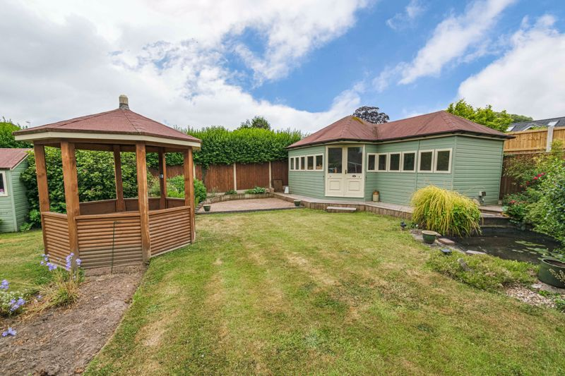 2 bed bungalow for sale in Willow Road  - Property Image 13