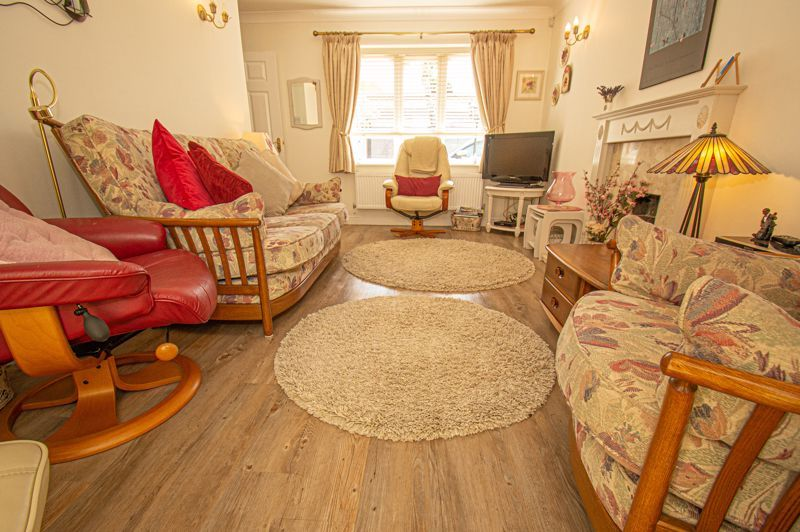 2 bed bungalow for sale in Covers Lane 2