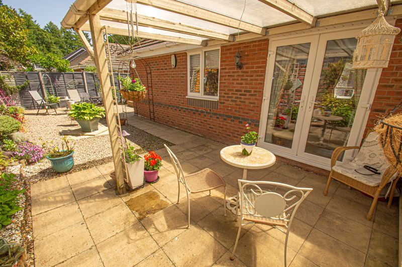 2 bed bungalow for sale in Covers Lane  - Property Image 11