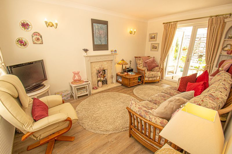 2 bed bungalow for sale in Covers Lane 3