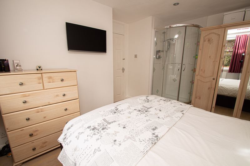 3 bed house for sale in Alveston Close  - Property Image 11