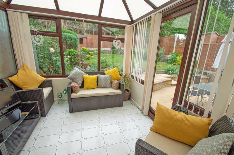 3 bed house for sale in Alveston Close 7