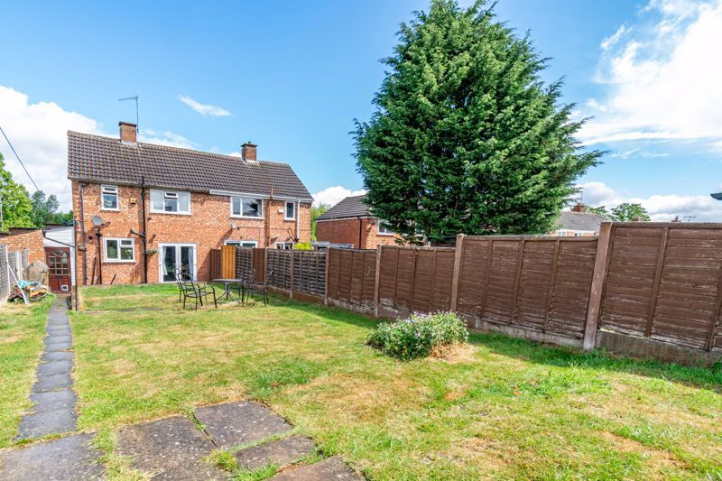 2 bed house for sale in Charford Road 12