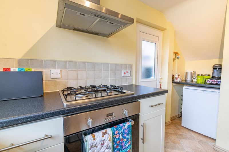 2 bed house for sale in Charford Road 6