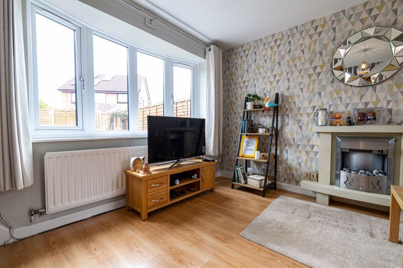 3 bed house for sale in Mill Close 17