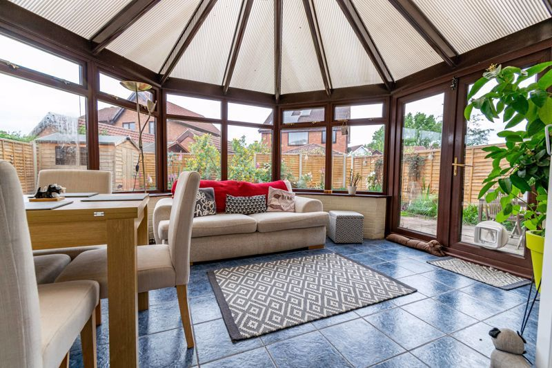 3 bed house for sale in Mill Close 5