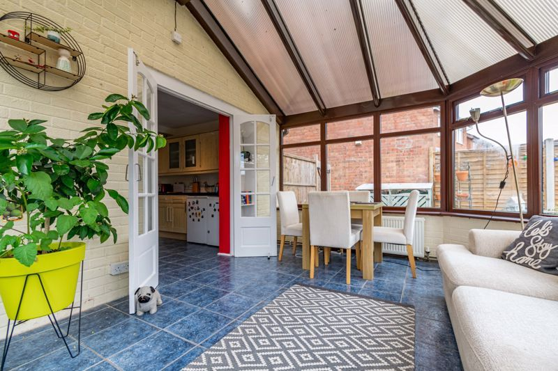 3 bed house for sale in Mill Close 6